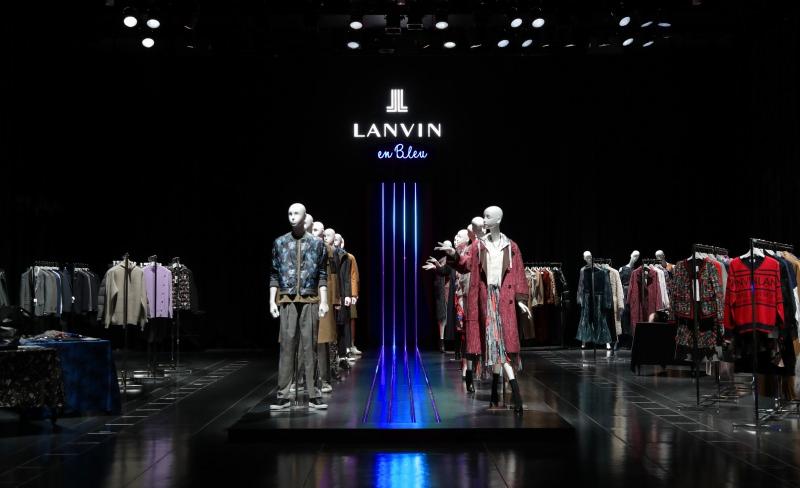 LANVIN en Bleu AUTOMNE / HIVER 2019 <br />– CHEMIN DE LUMIERE -<br />2019.04.18 - 04.20<br />DIRECTION / PRODUCTION / DESIGN